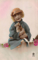 CPA JOLIE JEUNE FILLE AVEC CHIEN RPPC REAL PHOTO POSTCARD YOUNG GIRL WITH DOG - Chiens