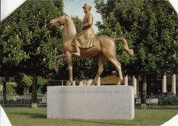 Lausanne Le Monument Du General Henri Guisan, Postcard Damaged As Per 2scans - VD Vaud