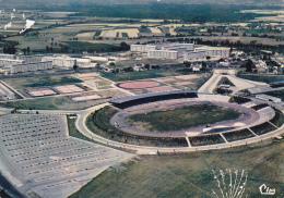 Chalon Sur Saône - Vue Aérienne Stade Léo-Lagrange (Arch. : M Calzat) & Les Cités Du Stade - Pas Circulé - Chalon Sur Saone