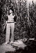 Photo Originale Homme - Playboy De Cagnes-sur-Mer En Juin 1949 - Mode Et Champs De Maïs ! - Personnes Identifiées
