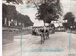CICLISMO_CYCLISME_CYCLIST RACE_RADRENNEN_FOTO_PHOTO-VINTAGE DAL1900 Al1943_DA ARCHIVIO Della G.S N°241-VEDI DESCRIZIONE - Cycling