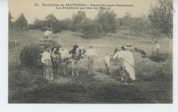AGRICULTURE - Environs De MAYENNE - SAINT GEORGES BUTTAVENT - La Fenaison Au Bas Du Bourg - Culture