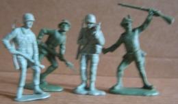 4 SOLDATINI PLASTICA -NO MARCA (130215) - Figurini & Soldatini