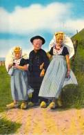FOLKLORE ETRANGER ( Vues Diversifiées : Costumes Danse Musique ) Petit Lot De 8 CPSM CPM GF - - Folclore