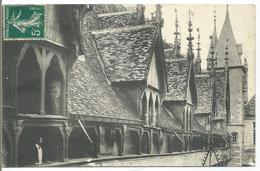BEAUNE - Hotel-Dieu - La Galerie Et Les Louvres Avant La Restauration - France
