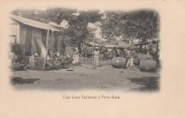 Cour D'une Factorerie à Porto-Novo. - Dahomey