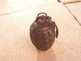 Grenade  Inerte A Definir   Ww2 ? - Armes Neutralisées