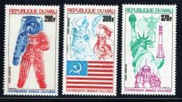1975 Coopération USA-URSS Dans L'espace   Poste Aérienne  ** - Mali (1959-...)