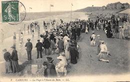CABOURG   La Plage A L'heure Du Bain          A 3176 - Cabourg