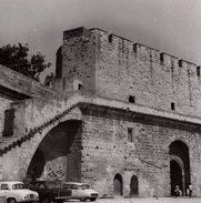 Grande Photo Originale - Gard - Aigues-Mortes - 30220 - Porte De La Gardette - Citroën DS, Simca Aronde Et Renault Dauph - Lieux