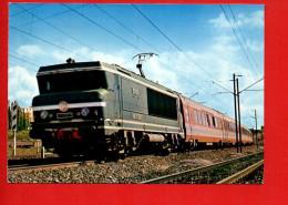 """Chemins De Fer - Le TEE """"Stanislas"""" Remorqué Par La BB 15001c(cliché Breton) - Trains"""