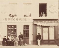 Photo Ancienne 76 Saint Saens Café De La Rue Mont Miré Epicerie Commerce - Lieux
