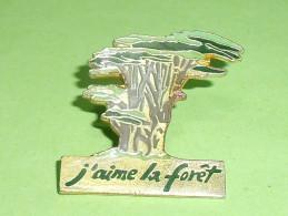 Pin's / Associations  : J'aime La Foret     TB2i - Associations