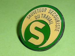 Pin's / Associations  : Sauveteur , Secouriste   TB2i - Verenigingen
