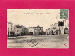 79 DEUX-SEVRES, Place De CHAMPDENIERS, Côté Ouest, Animée, Commerces, 1917, (Urbain, L. Pied) - Champdeniers Saint Denis