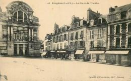 35 FOUGERES PLACE DU THEATRE - Fougeres