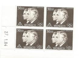 MONACO, TIMBRE DE POSTE AERIENNE N.104 Bloc De 4 Avec Coin Daté Du 27.1.84 - Poste Aérienne