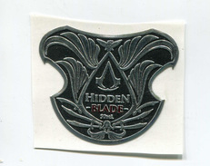 "Rare étiquette En étain Autocollante  ""Assassin's Creed Hidden Blade"" Tin Game Label - Merchandising"