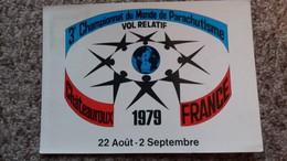 CPSM FEDERATION FRANCAISE DE PARACHUTISME CHAMPIONNAT DU MONDE 1979 CHATEAUROUX VOL RELATIF - Paracaidismo