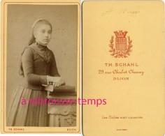 CDV Une Fillette De 12 Ans-bien Sage-mode Enfant-photo Schahl à Dijon-bel état - Non Classés