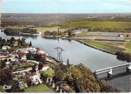 64 - URT : Vue Aérienne - Quartier Du Port Et Pont Adour - CPSM Dentelée Colorisée GF - Pyrenées Atlantiques - Frankrijk