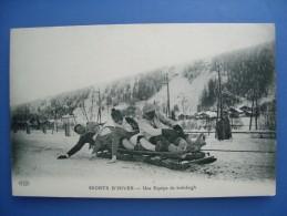 Sports D'hiver. Une équipe De Bobsleigh. Carte Neuve éditée  Vers 1910. Etat LUXE. - Sports D'hiver