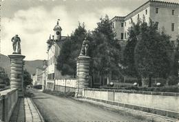 Battaglia Terme (Padova, Veneto) Castello Catajo (Catayo), Viale Ingresso - Padova