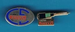 2 PIN'S  //   ** CABLES PIRELLI ** - EDF GDF