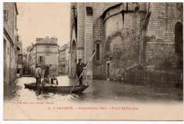 Saumur : Inondations De 1904, Place Saint Nicolas (Editeur Fr. Voelcker, N°1) - Saumur