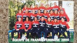 CPM EQUIPE DE FRANCE FEMININE DE FOOTBALL 2000 NOM DES JOUEUSES AU DOS - Soccer