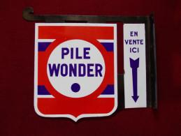 """- Plaque émaillée """"Pile Wonder"""" . Double Face - - Brands"""