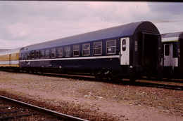 Photo Diapo Diapositive Slide Train Wagon Loco Locomotive Wagon Lits 760 Le 22/06/2000 VOIR ZOOM - Diapositives
