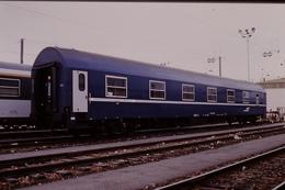 Photo Diapo Diapositive Slide Train Wagon Loco Locomotive Wagon Lits 634 Le 22/06/2000 VOIR ZOOM - Diapositives