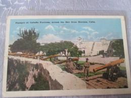 CUBA. PARAPET OF CABAFIA FORTRESS ACROSS THE BAY FROM HAVANA . CACHET INTERESSANT - Postcards