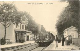 07/ Sarras - La Gare - Train En Trés Gros Plan - Other Municipalities