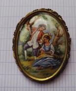 Broche Ancienne Porcelaine  - Vintage   Fantaisie - Brooches