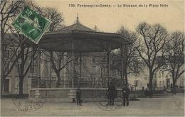 139 - FONTENAY-le-COMTE - Le Kiosque De La Place Viète -ed. Guiller - Fontenay Le Comte