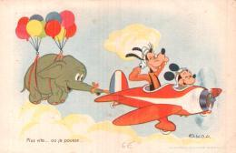 PLUS VITE OU JE POUSSE  MICKEY DINGO EN AVION REMORQUANT DIMBO - Disney