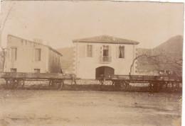Photo Années 1900 BEDARIEUX - Une Vue, Une Maison, Une Voie Ferrée (A159) - Bedarieux