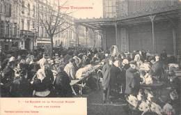 31 - HAUTE GARONNE / Toulouse - Types Toulousains - Le Marché De La Volaille Grasse Place Des Carmes - Toulouse