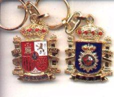 L-50/21. Llavero Escudo Constitucional. CNP - Llaveros