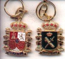 18-gc2. Llavero Escudo Constitucional. Guardia Civil - Llaveros