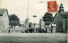 N°52191 -cpa Cosne -caserne Binot- - Casernas