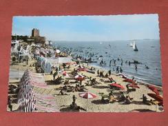 FOURAS    1950 /  PLAGE /  FRONT DE MER   FORMAT 10X15 CM - Fouras-les-Bains