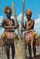 KENYA, Akamba Woman, Mädchen Mit Nackten Brüsten, Gel.196?, 2 Sondermarken - Kenia