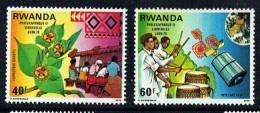 1979  Philexafrique     Tisasge, Tambours, Satellite  - Série Complète ** - Rwanda