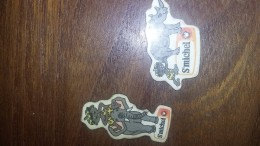Magnet  LOT DE 2 SERIE    GATEAUX SAINT MICHEL Rhinocéros Et Éléphant - Magnets