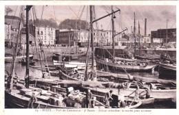 29 - Brest  - Port De Commerce -  Sloops Attendant La Marée Pour Accoster - Brest
