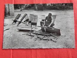 CONGO BELGE -   Fabrication De Chaises - Ruanda-Urundi