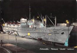 """05052  """"MOTONAVE CARALIS - CIVITAVECCHIA NOTTURNO""""  VERA FOTOGRAFIA. CART  SPED 1963 - Banche"""